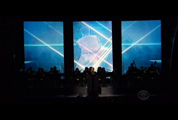Adele Pays Tribute To George Michael At The Grammys!