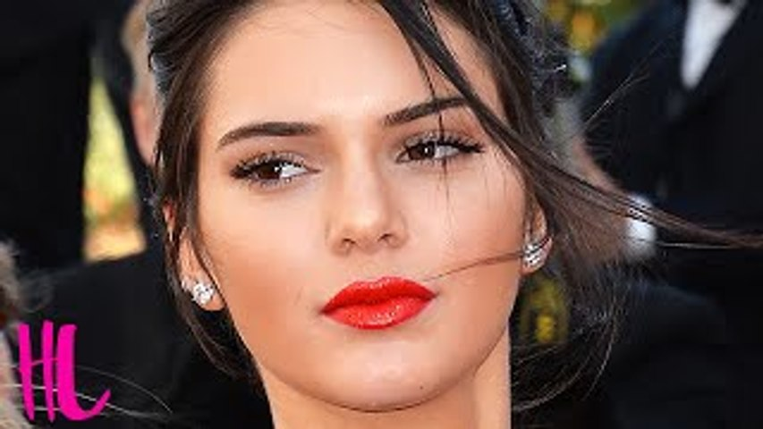 Kendall Jenner Gets Called A Lesbian - WTF