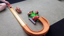 Disney Cars TRACTOR TIPPING GAME Playset - Lightning McQueen & Cars Frank Clip In Slow Motion!