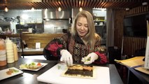 SNSD Hyoyeon Delicious Sushi Roll Tutorial -- How To Make Sushi Rolls