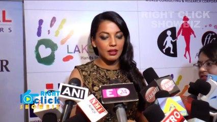 Hot mugdha Godse _ with Ronit Roy _ and Rajeev Khandelwal _ at fashion show _ Bollywood 2016