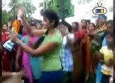 DESI GIRLS DJ DANCE 2016  Girl DJ dance at marriage  New Marwadi Dj videos 2016