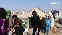 Irak: une coiffeuse rend leur féminité aux déplacées de Mossoul