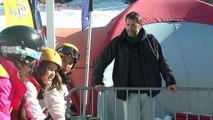 - Alpes-de-Haute-Provence : Quand le député Christophe Castaner contrôle les forfaits au départ du télésiège