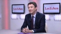 Dépenses publiques : Emmanuel Macron sur la même ligne que François Hollande ?