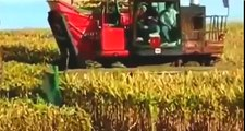 big john deere tractor compilation, big tractors working on the farm, amazing john deere t