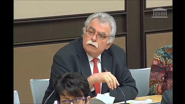 Table ronde sur l'industrie du médicament : André Chassaigne réagit au Directeur du LEEM (entreprises du médicament)