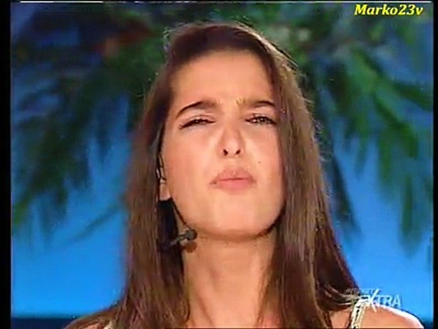Alessia Mancini Calendario.Alessia Merz Non E La Rai Amore Bello
