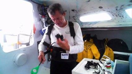 D104 : Sébastien Destremau tries his diving equipment / Vendée Globe