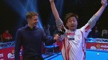 Un joueur de billard japonais répond à une interview en anglais