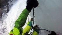 Quand la moitié de la cascade de glace que tu escalades s'effondre... Flippant!