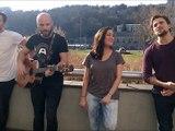 """Les artistes des 3 Mousquetaires chantent """"J'ai besoin d'amour"""""""