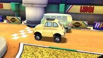 Disney Pixar Cars 2 Racing Starter Game Set Lightning McQueen Vs. Francesco Bernoulli
