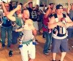 Un nouveau cours de danse pour les jeunes papas et leurs bébés