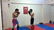 Emin Özkul & Alihan Yazici Kickboks