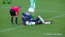 Atacante salva goleiro adversário com convulsão na República Tcheca