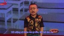 Thánh hài nhí 5 tuổi một mình độc thoại khiến sao Việt bấn loạn