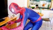 Замороженные Эльза атаки монстра! ж/ Человек-Паук Джокер Малефисента Анна Человек-паук! Супергерой