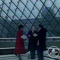 Inauguration de la pyramide du Louvre par le président François Mitterrand.
