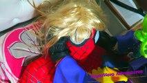 Spiderman y Congelado Elsa vs Joker Fallar Broma w/ Rosa Spidergirl y Superman Superhéroe de Diversión en