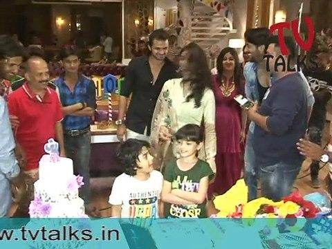 "Full Video Of 1 year celebration of ""Kuch Rang Pyar Ke Aise Bhi "" | Shaheer Sheikh | Erica Fernandes"