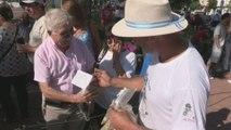 Yerba mate gratis como protesta por sus bajos ingresos