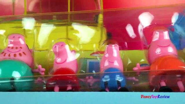 Peppa Pig and family go Shopkins shopping Porca Peppa Porquinha Peppa juguetes by DisneyToysReview