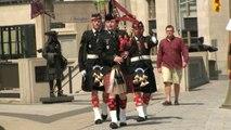 Ottawa - Relève de la garde - Monument anciens combattants.