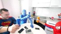 Hulk BREAKS Spiderman's Superman's PHONE! w_ Frozen Elsa Joker Gumball Machine Fun in Real Life-Hb7