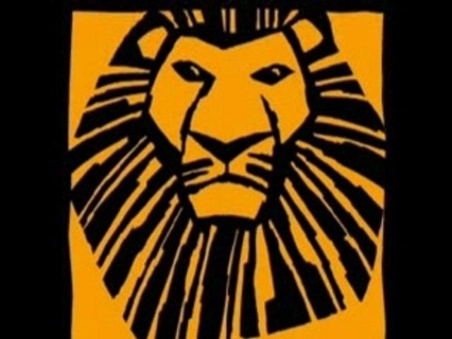 Nala/Léah dans le musical de Broadway Le Roi Lion a Mogador