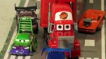 Disney Pixar Cars, La Morosidad de los Peligros de la Carretera re-promulgación de Rayo McQueen y mate