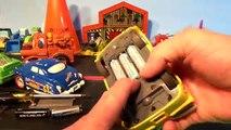 DIsney Pixar Cars Shake and Go Car Ramone with Lightning McQueen Mater Doc Hudso