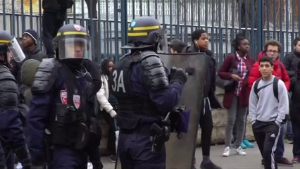 Parisian high schools blocked by young people protesting against police violence