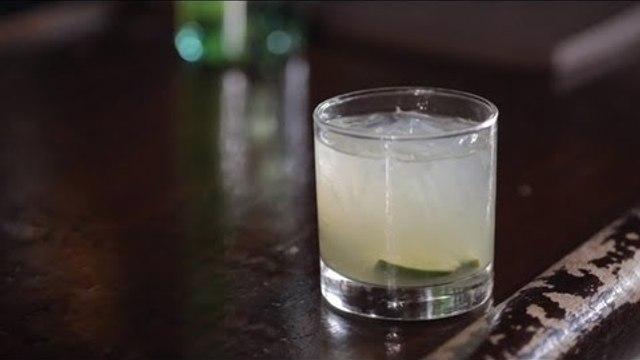 How to Make a Caipirinha Cocktail - Liquor.com