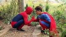 Superman fake Venom Police man arrest Spiderman Snow White Batman Lost Wallet Superhero fun