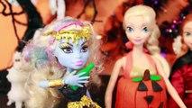 HALLOWEEN PRANK Barbie Frozen Monster High Doll Parody Play-Doh Halloween Costumes DIY KIDS Trick-iul9l