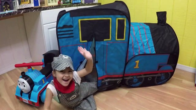 HUGE THOMAS AND FRIENDS SURPRISE TOYS TENT Egg Surprises Ride-On Train Set Toy Trains & Track Sets-HdS2
