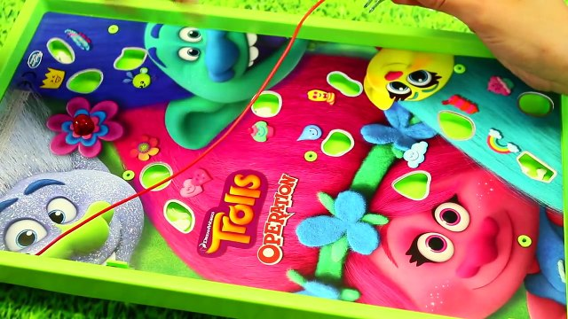 TROLLS RADZ Candy Poppy and Branch & Surprise Toys Play Time at Barbie Park DisneyCarToys