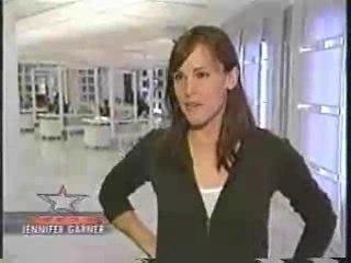 Access Hollywood sur Jennifer début saison 4