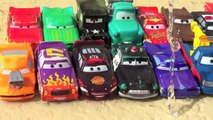 26 Color Changers Cars Ramone Playset CARS 2 Ramone House of Body Art Disney Pixar by Bluc
