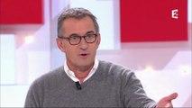 """Christophe Dechavanne regrette d'avoir arrêté Coucou c'est nous : """"J'étais con"""" (Vidéo)"""