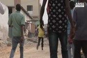 Somalia: autobomba vicino hotel Mogadiscio, 6 morti