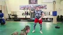 Les Forces spéciales Russes VS un combattant de MMA ! Qui l'emporte ?