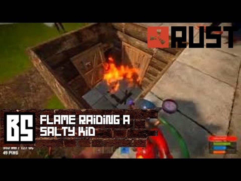 Flamethrower Raiding a Salty Kid - Rust