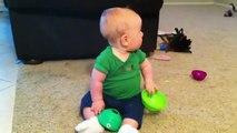 Bebe Se Pone Feliz Cuando Llega Papa A Casa! Bebe Divertido Bebe Chistoso Bebe Risa Bebe Tierno