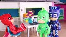 U⚡ PJ MASKS TOYS IN ENGLISH ⚡ PJ Masks go to the Beach _ PJ Masks Toy