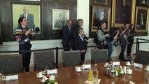Pays-Bas: les leaders réunis pour parler de l'après-élection