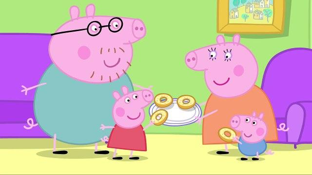 Peppa Pig - Daddy Pigs secret box (clip) Mummy Pigs Birthday It is Mummy Pigs birthday.
