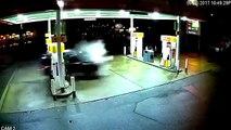 Un chauffeur Uber provoque une grosse explosion après avoir foncé dans une pompe à essence (Seattle)