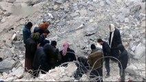 Air raid hits Syria mosque, civilians killed